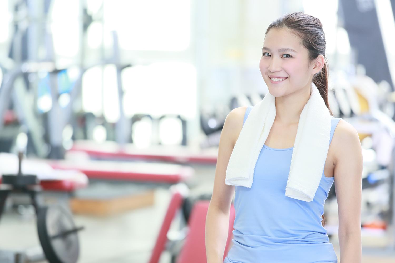 22249a7aa89 デスクワークや家事などによる肩こりや腰痛なども、当ジムのパーソナルトレーニングやストレッチで解消することが出来ます。